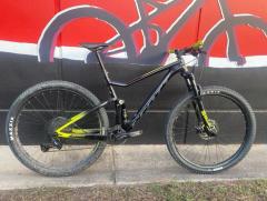 Second Hand Bike Scott Spark Black/Yellow LG (Springwood)