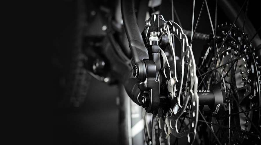 Close Up of Hydraulic Disc Brakes on Hardtail Mountain Bike
